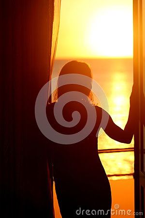 Free Silhouette Of A Naked Girl Royalty Free Stock Photos - 95463198