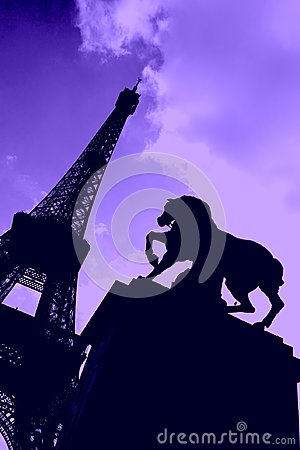 Free Silhouette Of Eiffel Tower With Horse Statue Stock Photography - 111985982