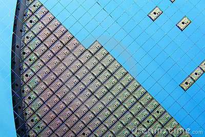Silicon wafer with electronic chips