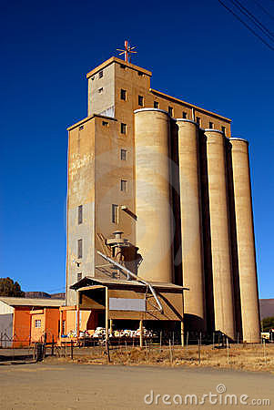 Free Silos On African Farm Stock Images - 14241954