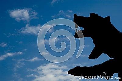 Silueta de un oso