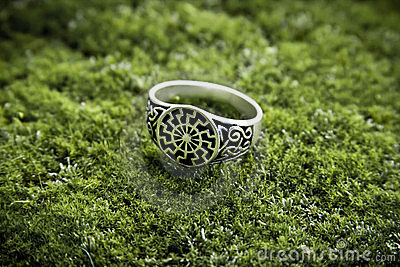 Silver ring solstice