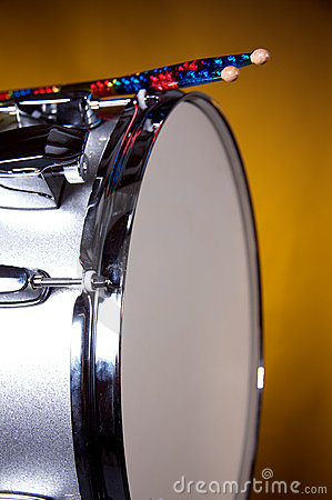 Silver Sparkle Snare Drum on Gold