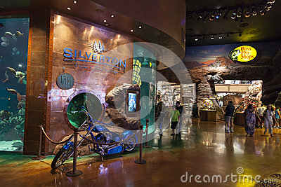 Silverton赌博娱乐场内部在拉斯维加斯, 2013年8月20日的NV 编辑类库存图片
