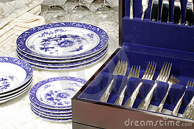 Silverware, Dishes & Wine Glasses