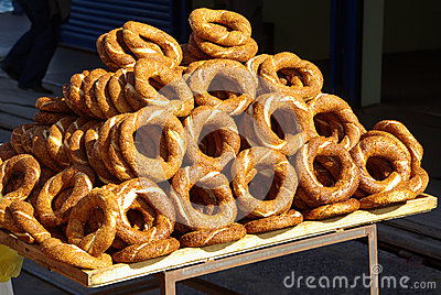 Simit bread rings