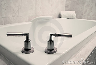 Simple Bathroom Tub