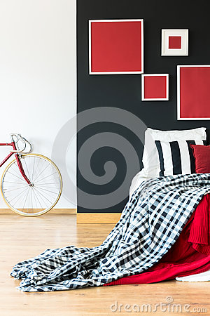 Free Simple Bedroom Of Biker Royalty Free Stock Photography - 98975827
