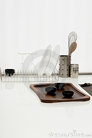 Simple Kitchen Ware