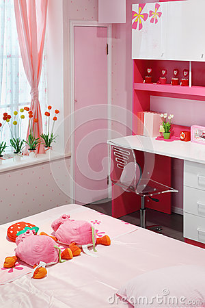 Simple pink room for little girl