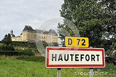 Sinal da cidade da cidade de Hautefort