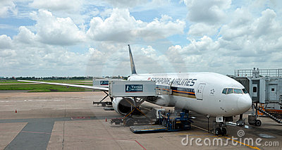 Singapore Airlines B777-200 at Changi Airport Editorial Image
