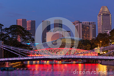 Singapore skyline and Cavenagh Bridge
