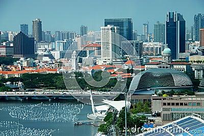 Singapore: Vista of Singapore City