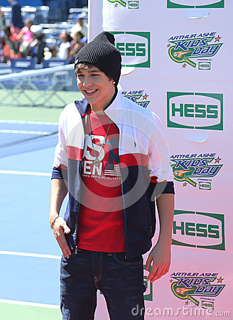 Singer Austin Mahone attends Arthur Ashe Kids Day 2013 at Billie Jean King National Tennis Center Editorial Photography