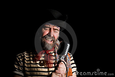 Singer dressed as sea pirate