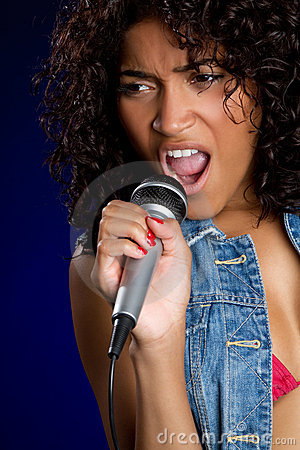 Free Singing Black Woman Royalty Free Stock Photos - 13627698