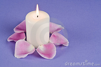 Single Candlelight and Pink Rose Pedals