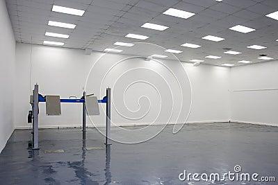 A single lift in car service garage