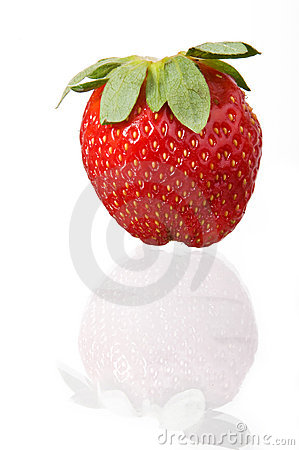 Free Single Strawberry Royalty Free Stock Image - 4858206