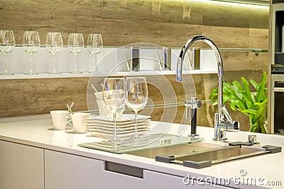Sink in a modern built in ki