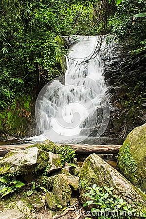 Siribhum waterfall in Doi Inthanon , Chomthong chaingmai Thaland