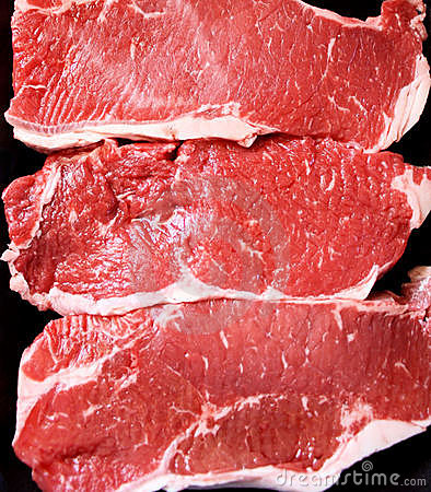 Free Sirloin Steaks Royalty Free Stock Image - 19425576