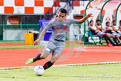 SISAKET THAILAND-JUNE 29: Ekkachai Sumrei of Bangkok Utd. Editorial Stock Image