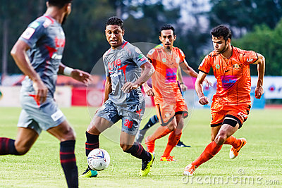 SISAKET THAILAND-JUNE 29: Leandro Tatu of Bangkok Utd. (grey) Editorial Image
