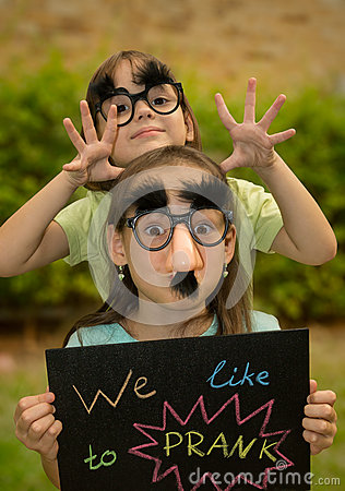 Free Sisters With Nameplate Stock Photos - 39517783