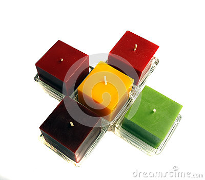 Six bougies de couleur