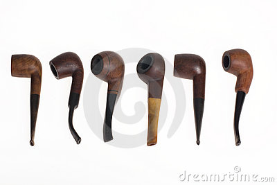 Six wooden pipes