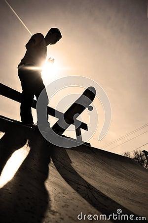 Free Skateboarder Silhouette Royalty Free Stock Photos - 10769208