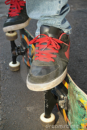 Free Skater Shoes, Feet And Board Stock Image - 2935171