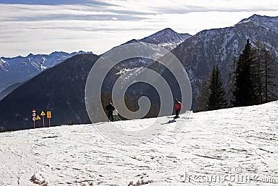 ski in Dolomite