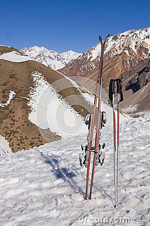 Ski gear (vertical)