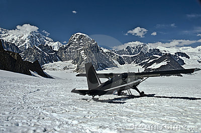 Ski Plane On Mountain 3 Royalty Free Stock Image - Image: 10954456