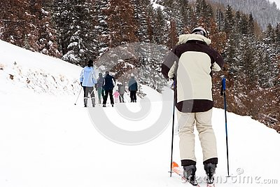 Skier catching up to family