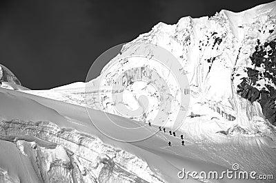 Skiers on Cordiliera Blanca