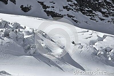 Skiing on the glacier