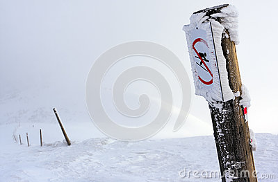 Skiing restriction sign