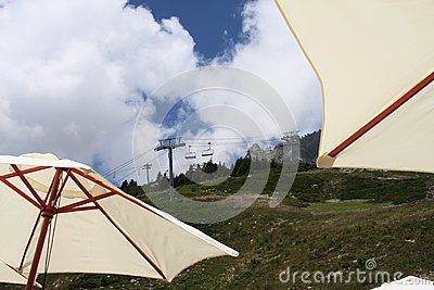 Skilift in de zomer