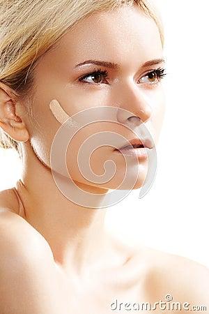 Free Skin Care, Visage & Cosmetic. Make-up Base Tone Royalty Free Stock Image - 15961696
