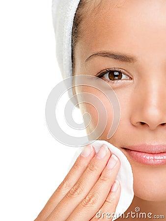 Free Skin Care Woman Removing Makeup Royalty Free Stock Image - 20466186