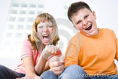 Skrika för ungar