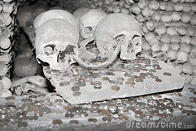 Skulls and money in Kutna Hora