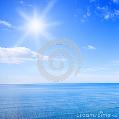 Free Sky And Ocean Royalty Free Stock Images - 26404159
