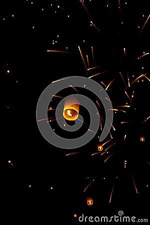 Free Sky Lanterns Firework Festival,Chiangmai ,Thailand Royalty Free Stock Images - 27336659
