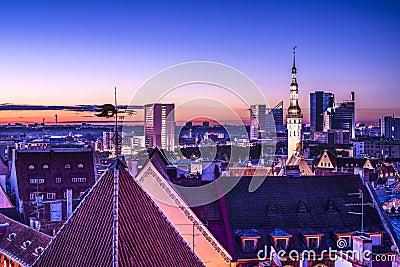Skyline de Tallinn Estônia