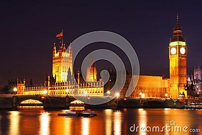 Skymning på Westminster, United Kingdom
